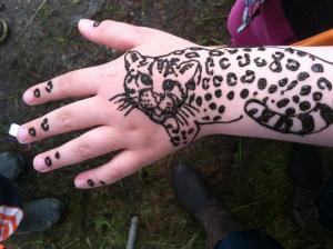 More wild animal henna.