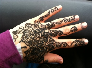 My very own sister showed up and got henna. I went detailed on her hand.